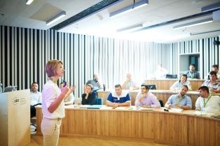 tiered classroom, CEU Business School class